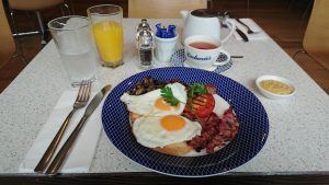 Best breakfast in Midhust